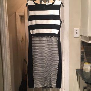 MaxMara Black& White Dress Size 44